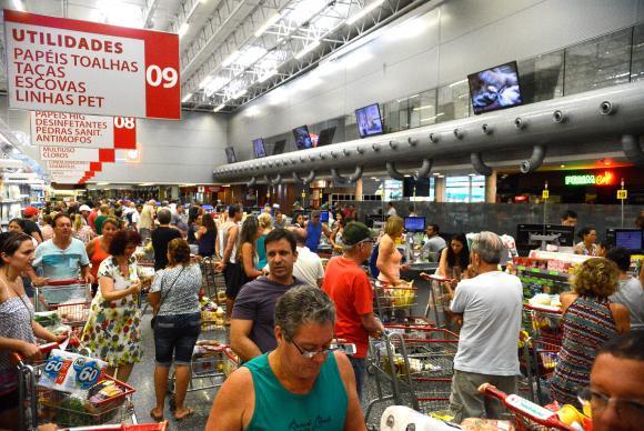 Consumidor acredita que inflação será de 5,4% nos próximos 12 meses