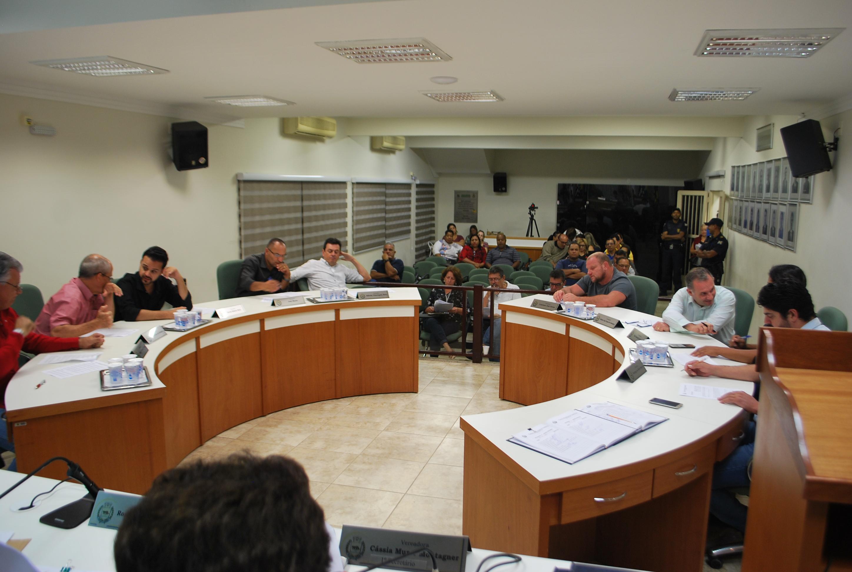 Vereadores aprovam substitutivo e um projeto de lei na 9ª sessão ordinária do ano