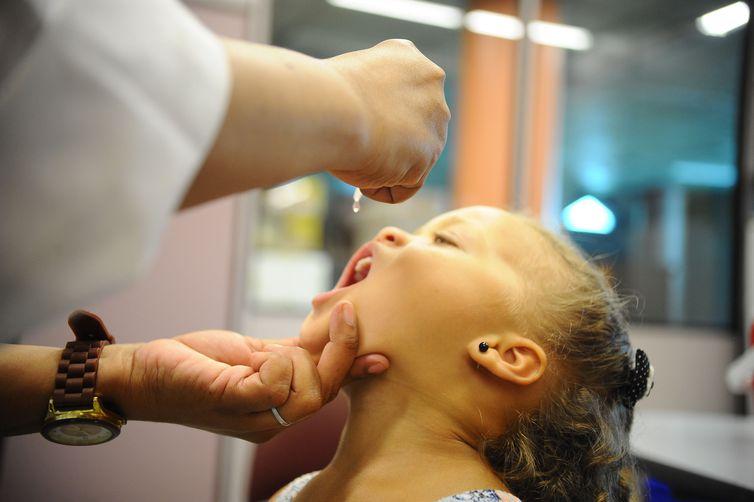 Vacinação contra a pólio começa em 6 de agosto