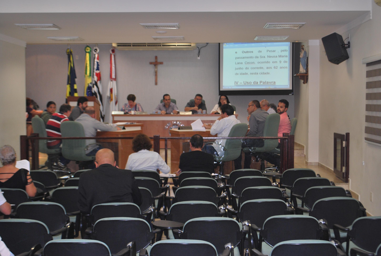 Última sessão ordinária do semestre, nesta terça-feira (19), conta com pauta repleta de proposituras