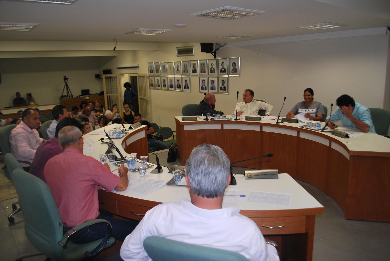 Vereadores aprovam 13 proposituras na 28ª Sessão Ordinária do ano