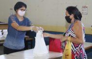 Programa Minha Merenda em Casa, da Prefeitura de Jaguariúna, já entregou quase 200 mil marmitex e 24 mil kits de legumes e frutas